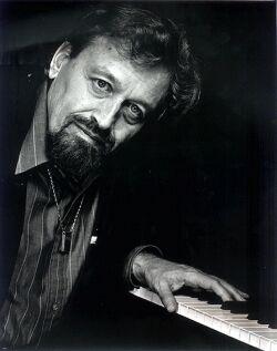 ADAM MAKOWICZ picture