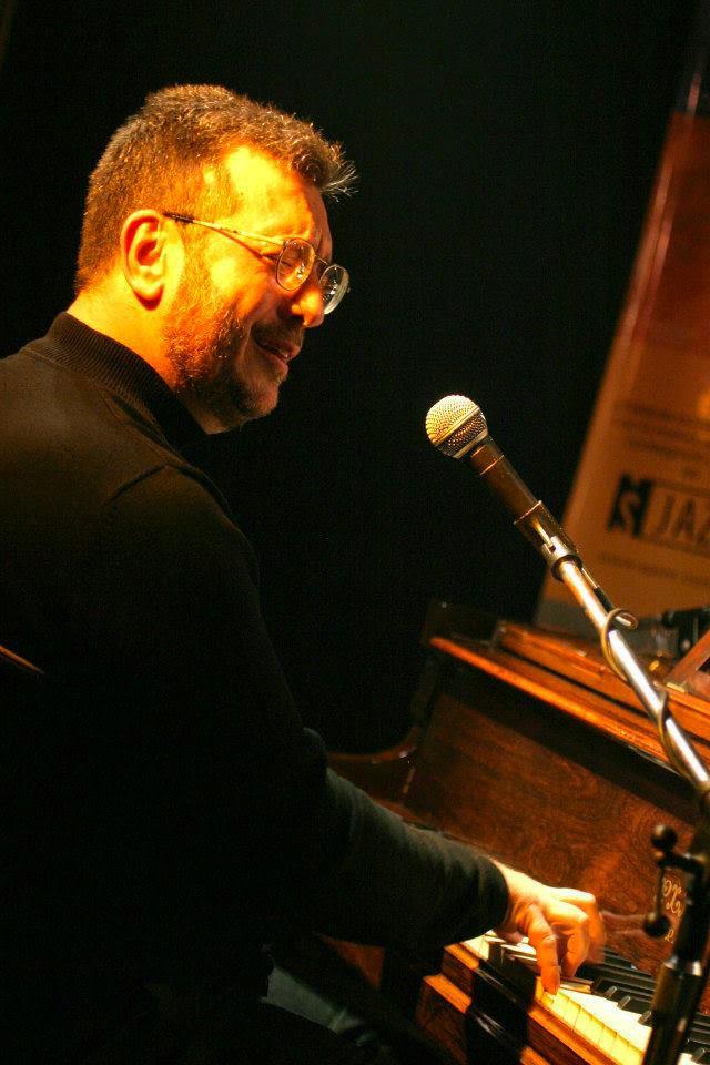 CARLOS FRANZETTI picture