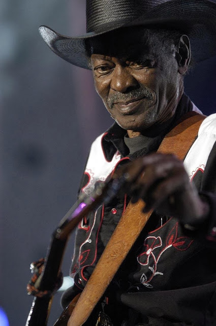 CLARENCE 'GATEMOUTH' BROWN picture