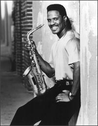 EVERETTE HARP picture