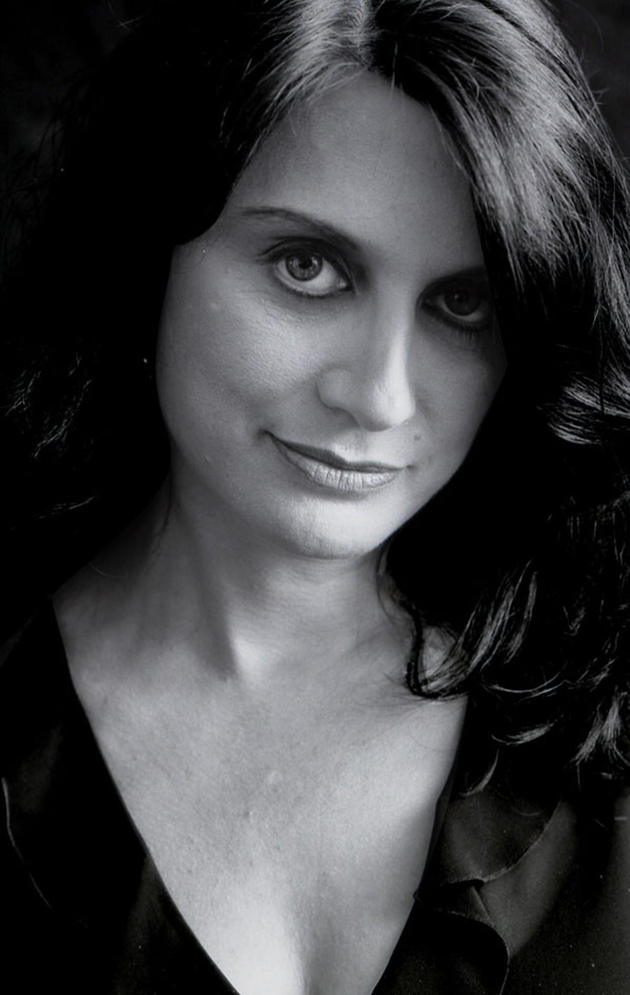 LAURIE ANTONIOLI picture