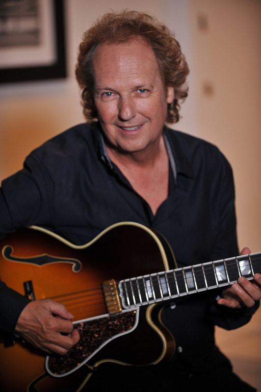 LEE RITENOUR picture
