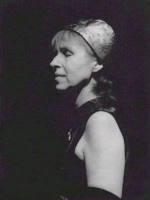 MAGGIE NICOLS picture
