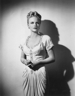 PEGGY LEE (VOCALS) picture