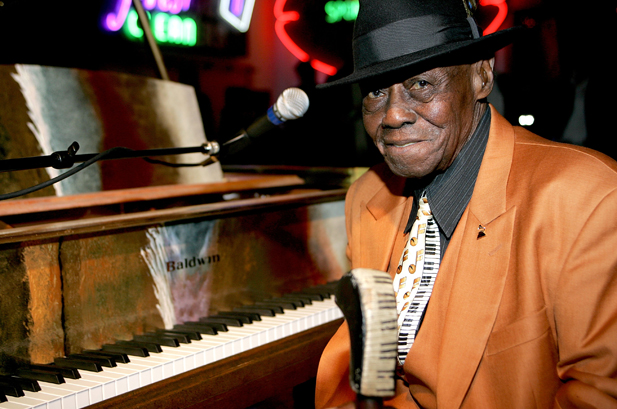 PINETOP PERKINS picture