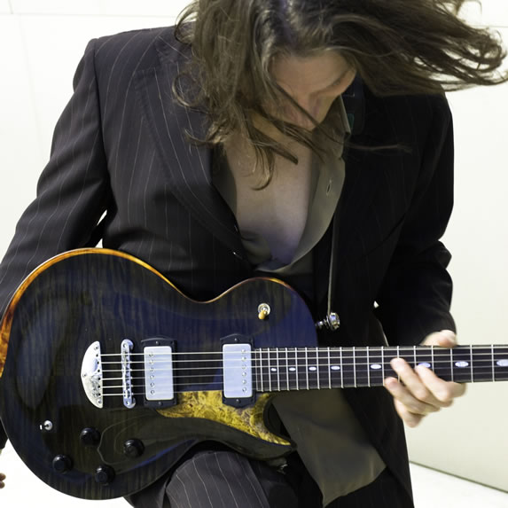 ROBBEN FORD picture