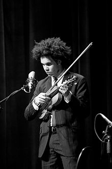 SCOTT TIXIER picture