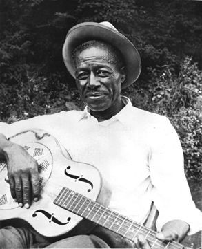 SON HOUSE picture