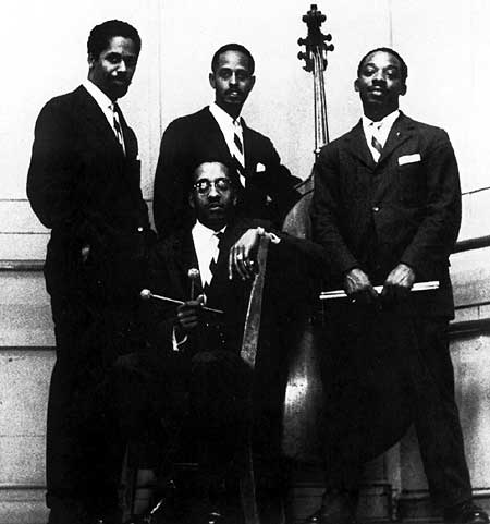 THE MODERN JAZZ QUARTET picture