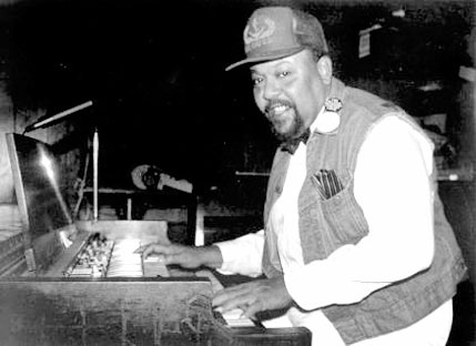 CHARLES EARLAND picture
