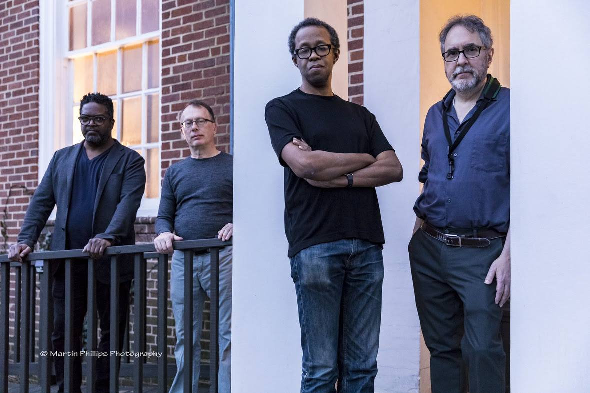 EAST AXIS (MATTHEW SHIPP / ALLEN LOWE / GERALD CLEAVER / KEVIN RAY) picture