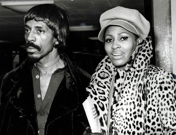 IKE AND TINA TURNER picture