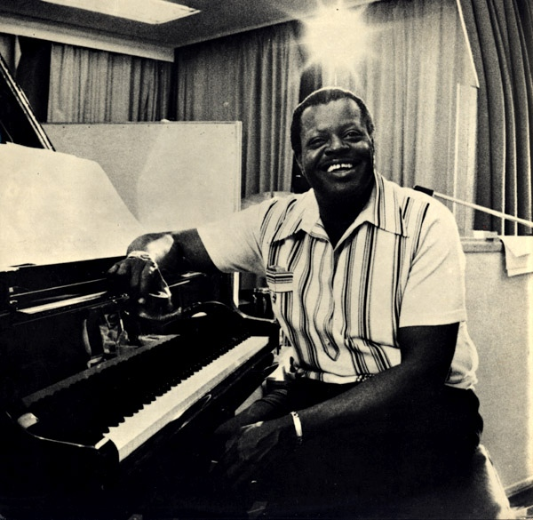 OSCAR PETERSON picture