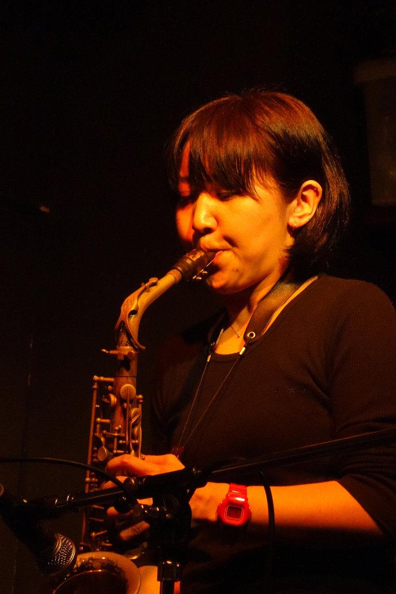 RYOKO ONO picture