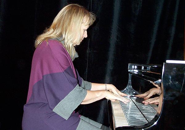 SUSANNA LINDEBORG picture